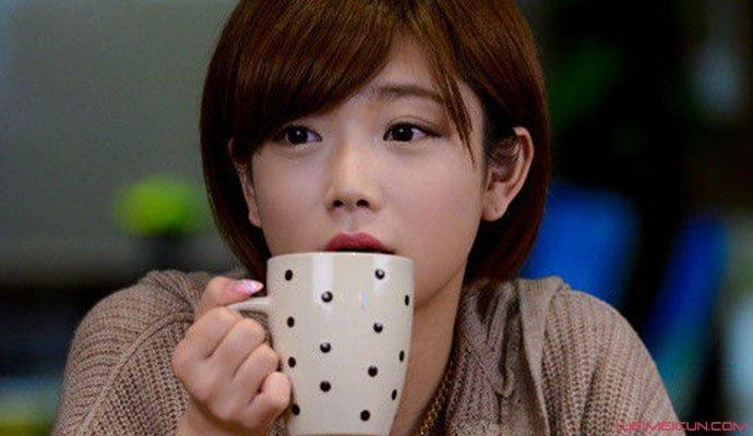 日本女演员选择自婚 女星纱仓自婚婚礼现场及原因曝光